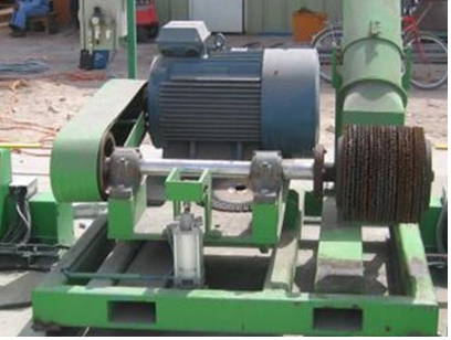 Steel pipe stripping automatic equipment